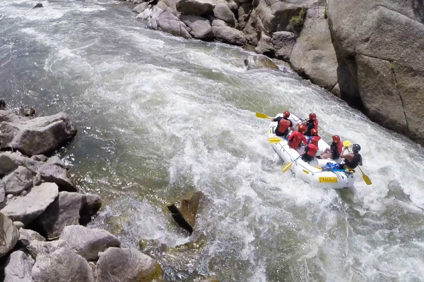 colorado whitewater rafting through Browns Canyon